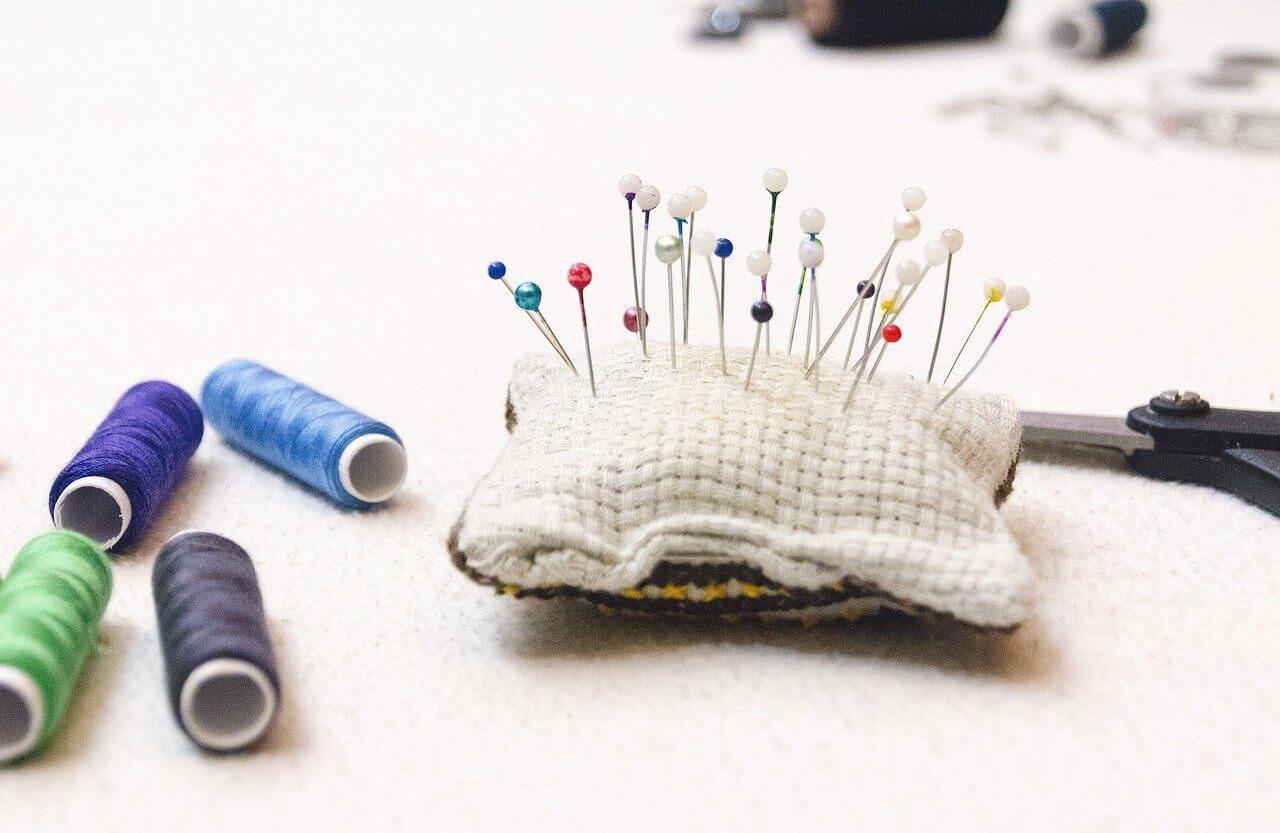 Hoofding Het Naaihoekje home pagina , pins, thread, sewing , naaien , draad , kop_spelden