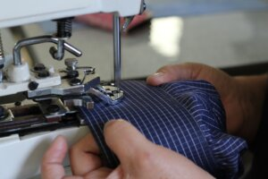 Prijzen mouw Verkorten zoom versmallen hemd Het Naaihoekje