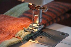 Prijzen pull trui Verkorten zoom versmallen t-shirt topjes verkorten Het Naaihoekje